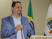 Após quatro anos de hiato, Marcelo Oliveira reconduz PT ao Paço de Mauá