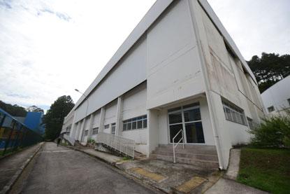Espaço, que até então estava sob a administração da Confederação Brasileira de Handebol, estava completamente abandonado. Foto: Omar Matsumoto/PMSBC