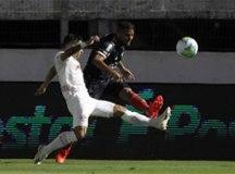 Bragantino faz quatro no 1º tempo e atropela o líder São Paulo no Brasileirão