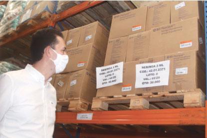 Serra vistoriou o Centro de Gestão de Suprimentos de Saúde. Foto: Helber Aggio/PSA