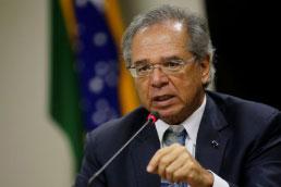 Plano de Guedes é aprovar auxílio emergencial em três semanas