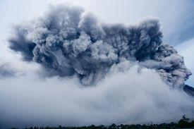La Soufriere entrou em erupção, após décadas de inatividade.Foto Ilustativa Pexels/Pixabay