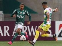 Palmeiras busca empate três vezes, mas é superado pelo Defensa com gol no fim
