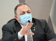 Pazuello diz que fez 'tudo que estava ao alcance' no colapso de Manaus