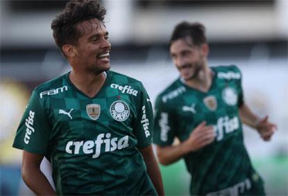Palmeiras garante última vaga nas quartas, e Santos rebaixa o São Bento