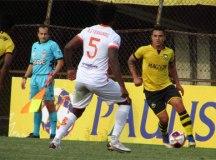 São Bernardo FC vence o Atibaia e larga na frente nas quartas de final