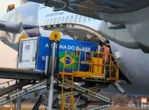 Aeronave saiu de Pequim, na China, na segunda-feira (24) e fez escala em Amsterdam, na Holanda, antes de pousar em São Paulo. Foto: Governo do Estado de São Paulo