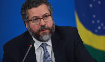 Araújo tenta fazer defesa de gestão no Itamaraty e fala em boa relação com China. Foto: Marcello Casal/Agência Brasil
