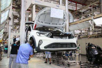 Por falta de chips, Volkswagen suspende produção em São Bernardo
