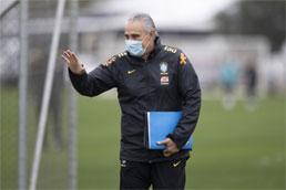 Brasil encara Paraguai em Assunção com expectativa de manifesto de jogadores