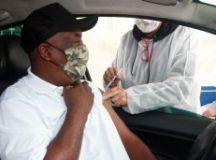 Pelo menos oito capitais suspendem aplicação da 1ª dose da vacina contra a covid. Foto: Helber Aggio/PSA