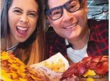 """Juliana e Paulo """"caçam"""" restaurantes famosos e nem tão famosos assim. Foto: divulgação"""