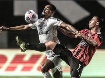 Santos sofre, mas marca no final e vence o Libertad na Copa Sul-Americana