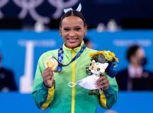 Rebeca Andrade, que fez história ao conquistar o primeiro ouro da ginástica artística feminina neste domingo. Foto: Miriaam Jeske/COB