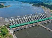 Sem água, usina de Belo Monte opera com meia turbina