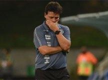 Santos demite o técnico Fernando Diniz após terceira derrota seguida