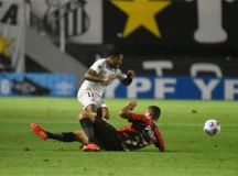 Santos volta a perder do Athletico-PR e é eliminado da Copa do Brasil