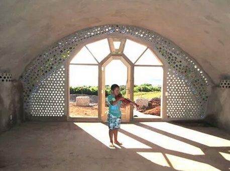 En Rapa Nui inauguran la primera Escuela de Música sustentable de  Latinoamérica