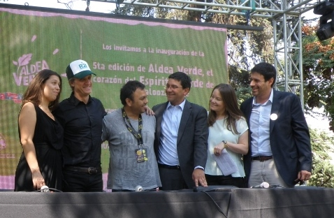 Charly Alberti, ex Soda Stereo y Fundador de Revolución 21 inauguró la Aldea Verde de Lollapalooza @CharlyAlberti