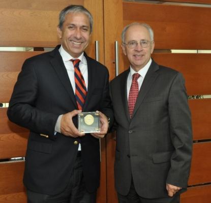 Premian a Tresmontes Lucchetti por su Trayectoria y Desarrollo industrial