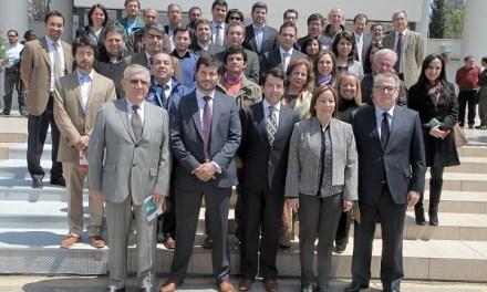 Comprometen acciones para desarrollo sustentable de la cuenca de los Ríos Maipo y Clarillo