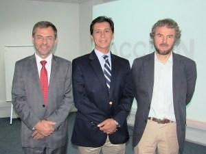 FOTO DIMACOFI-Ignacio Larraechea, gte. gral. ACCIÓN, Octavio Zapata, gte. gral. Dimacofi y Joost Meijer, representante del Ministerio del Medio Ambiente