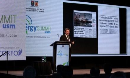 Ministro Mena analiza grandes desafíos energéticos de Chile en encuentro Energy Summit