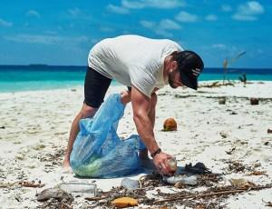 La ruta de Corona x Parley para mitigar la contaminación en las playas de Chile