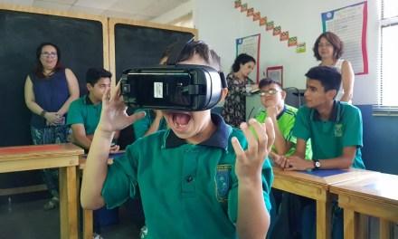 Escolares con discapacidades auditivas aprenden con Realidad Virtual