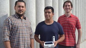 Ingenieros chilenos crean innovador dispositivo para controlar la invasión de polillas de la fruta