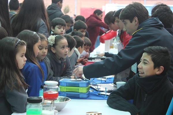 Invitan a colegios a realizar Ferias Científicas Escolares junto a Explora Maule