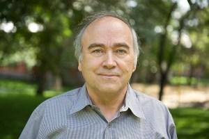 """""""Tenemos que acelerar el paso en la detención del cambio climático"""", Fernando Santibáñez, experto en bioclimatología."""