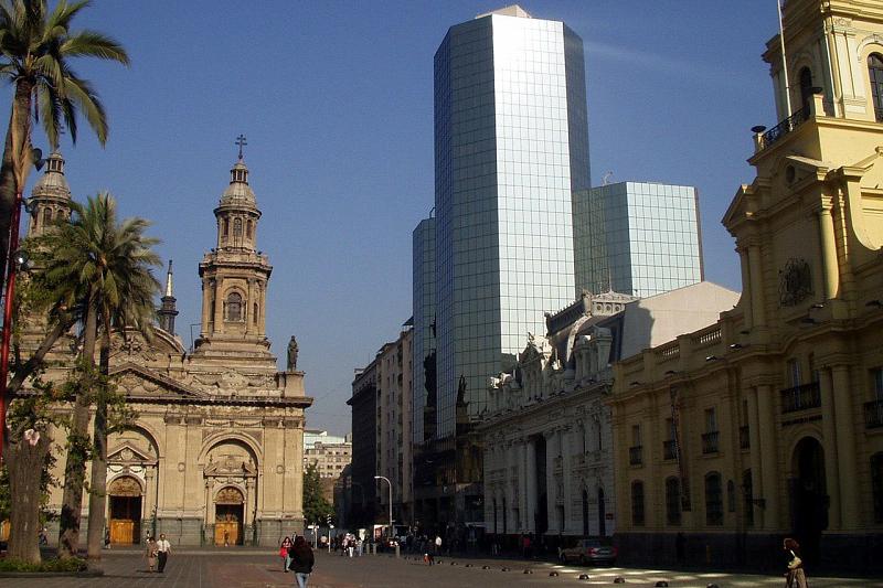 Santiago centro registra alza de temperaturas debido al aumento de construcciones
