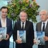 Aguas Andinas presenta libro que muestra el retroceso de los glaciares en Chile