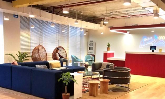 WeWork, la empresa de espacios colaborativos más grande del mundo abre su tercer edificio en Chile