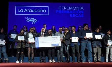 Más de 8 mil 500 becas educacionales entregó Caja La Araucana en todo Chile