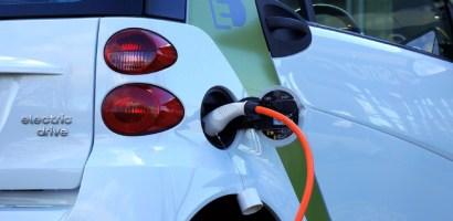 El mercado de vehículos eléctricos comenzará a escalar rápidamente alrededor de 2024 según Bain & Company