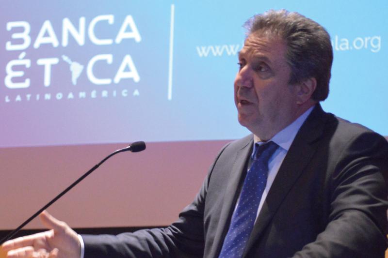 Hoy más que nunca trabajamos por la Banca Ética Latinoamérica