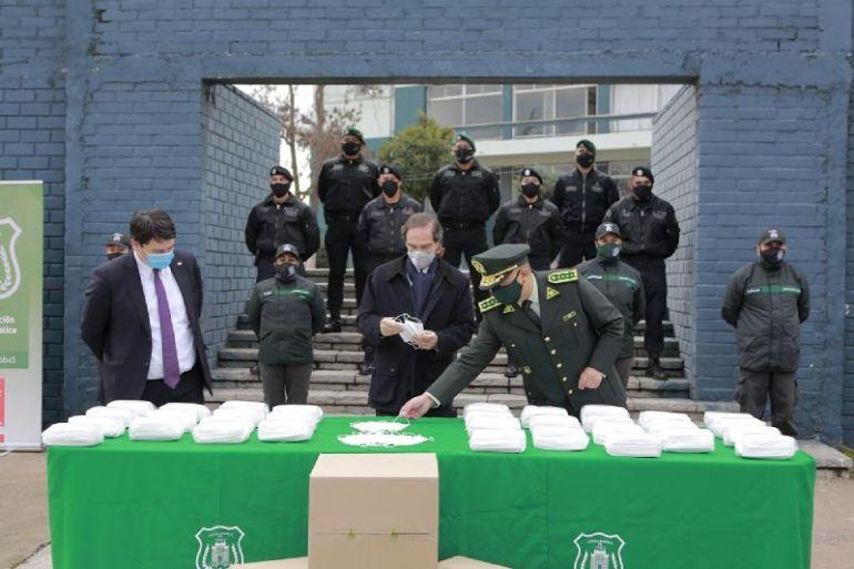CMPC dona 30 mil mascarillas al Ministerio de Justicia para distribución a los funcionarios de salud de Gendarmería