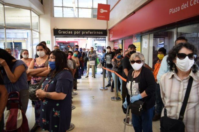 Numera.me: Emprendedores chilenos crean aplicación que evitará las filas en todos los comercios y servicios del país