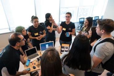 Con más de 400 egresadas y un 86% de empleabilidad, Laboratoria Chile reporta un exitoso 2019