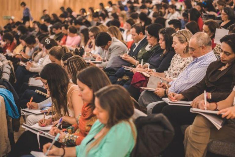 Fundación Liderazgo Chile integra campaña internacional que busca promover la Educación Emocional