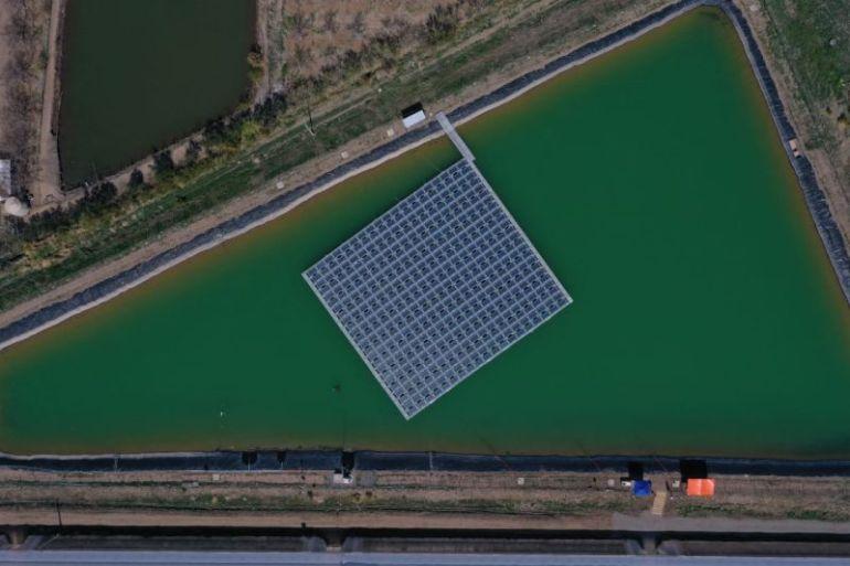 Inauguran planta solar flotante más grande de Chile