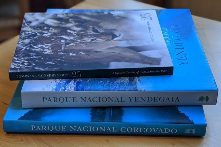 Tompkins Conservation Chile dona libros sobre conservación a Bibliotecas Públicas de todo el país