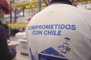 Campaña de American Express entregó 1.800 cajas de alimentos a adultos mayores en situación vulnerable
