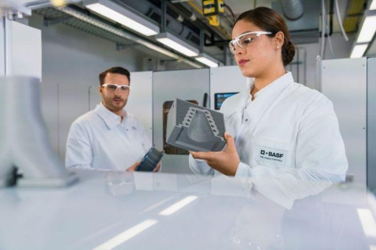 """BASF lanza el """"Premio a la Innovación de Forward AM"""" para empresas emergentes con ideas innovadoras, sostenibles y escalables mediante impresión 3D"""
