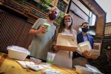 Ministra Schmidt valora avance del proyecto de ley que prohibirá utensilios plásticos de un solo uso