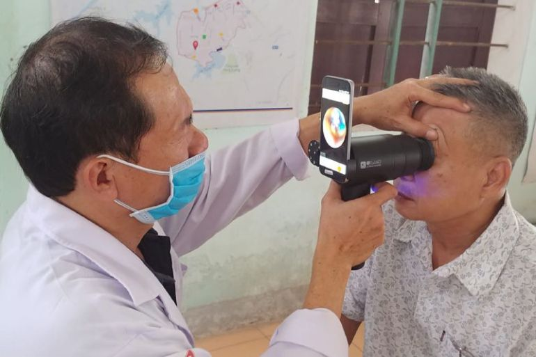 Samsung convierte antiguos Smartphones Galaxy en cámaras de retina portátil para detectar enfermedades oculares