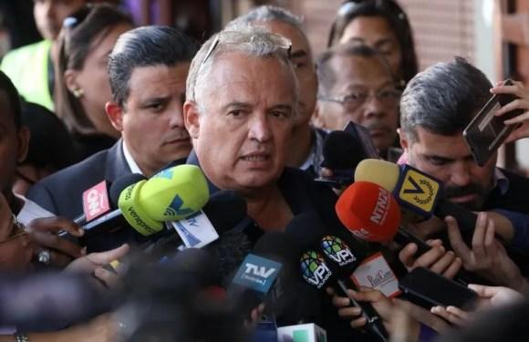 Jefe de despacho de Guaidó está incomunicado desde finales de marzo, denuncia su abogado
