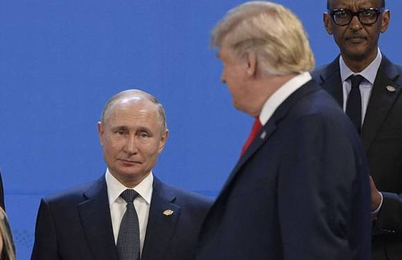 Trump habla con Putin de Venezuela y pide una transición pacífica